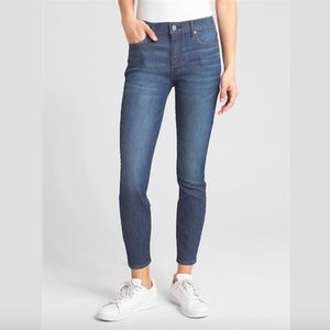 NWT GAP Wearlight Mid Rise True Skinny Ankle 31